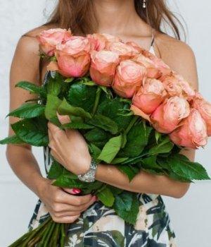 Букет из 25 роз Эквадор (70 см) #758