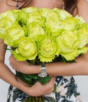 Букет из 25  белых  роз Эквадор (50 см) #878