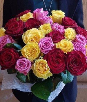 Микс-букет из 25  роз (50 см) #197