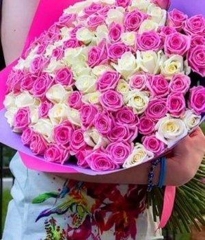 Букет из 101 белой и розовой розы (50 см) #133