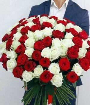 Букет из 101 бело-красной розы (60 см) #134