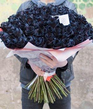 Букет из черных роз (101 шт) #680