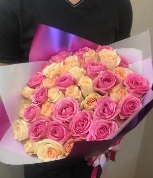 Микс-букет из 39 кенийских роз (40 см) #1223