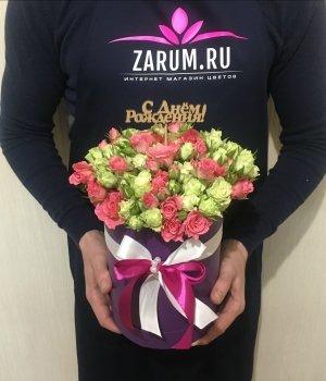 Микс из  кустовых роз в фиолетовой шляпной коробке (19 шт) #1313