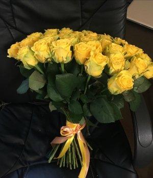 Букет из 51 желтой розы (50 см) #523