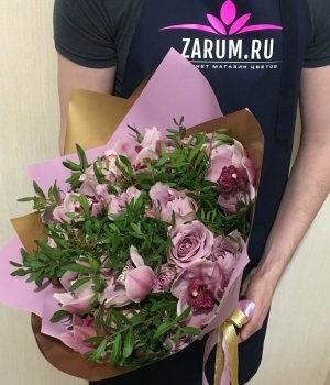 Микс-букет их Кенийских роз и орхидей #1342