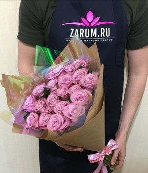 Букет из 19 роз Маритим (50 см) #1365