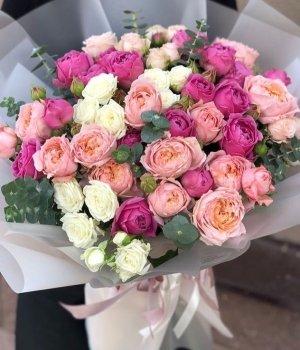 Микс из пионовидных и кустовых роз #1427