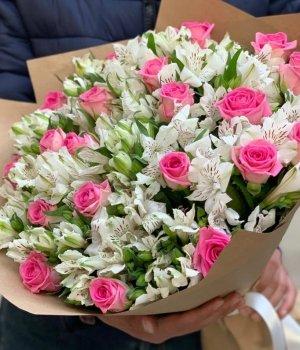 Микс из роз и альстромерий (39 шт) #1435