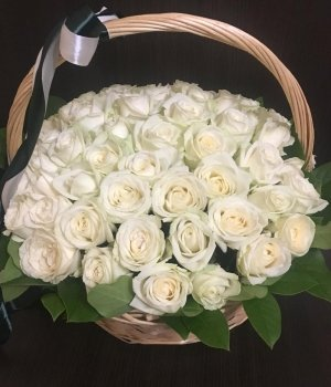 Корзина из 51 белой розы #1615