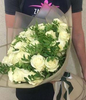 Букет из 25 белых роз Эквадор ( 70 см) #1616