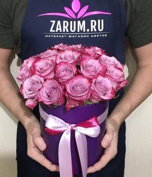 19 Кенийских роз в фиолетовой шляпной коробке #1408