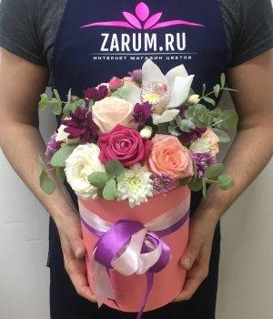 Микс из роз,хризантем и орхидеи в шляпной коробке #1399