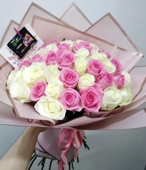 МИкс-букет из 51 бело-розовой розы (50 см) #1675