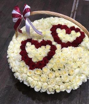 Корзина из 201 розы #1679