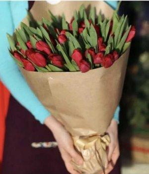 Букет из красных тюльпанов (49 шт) #1337