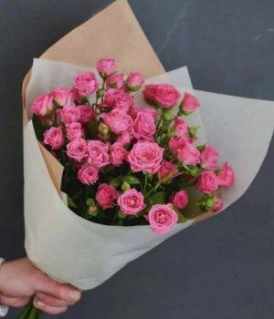 Букет из кустовых роз ( 9 шт) #1388