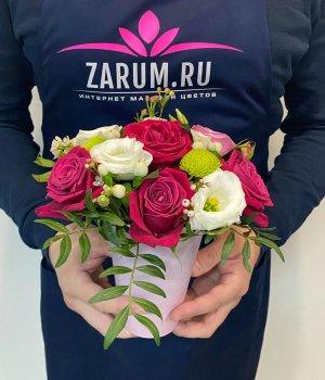 Стаканчик   с розами, хризантемой и эустомой #1930