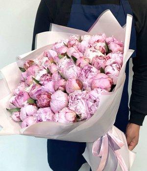 Букет из розовых пионов (51 шт) #798