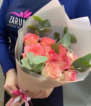 Букет из 9 роз Джумилия с эвкалиптом #2250