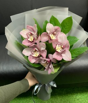 Букет из розовых орхидей (5 шт) #2359