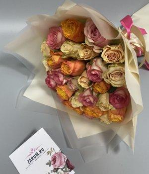 Микс-букет из 29 кенийских роз #1170