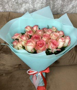 Букет из 19 роз Джумилия (40 см ) #2934