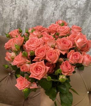 Букет из 9  кустовых роз Барбадос #1255