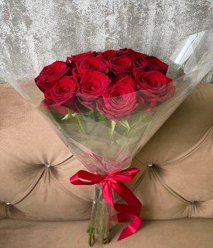 Букет из 11 красных роз ( 50 см) #1684
