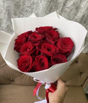 Букет из 11 красных роз (50 см ) #2082