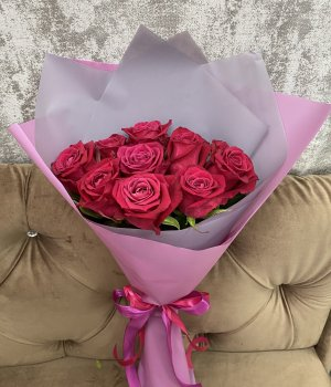 Букет из 9 роз Шангрила (50 см) #1921